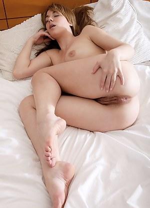 Big Ass Sleeping Porn Pictures